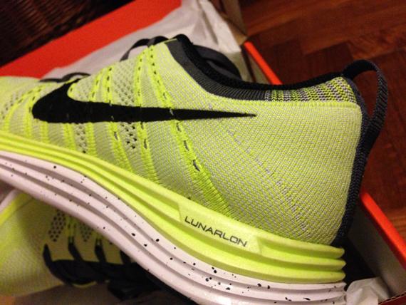 NikeFlyknitRear